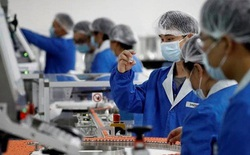 Trung Quốc: Trả 60 USD để tiêm vắc-xin Covid-19 thử nghiệm