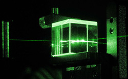 """Đây là cách các nhà nghiên cứu Trung Quốc dùng laser tạo ra máy tính lượng tử quang học giải """"bài toán 2,6 tỷ năm"""" trong 4 phút"""