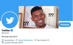 """Twitter vừa đổi ảnh bìa """"tiễn vong"""" năm 2020 bằng 1 meme khiến cộng đồng mạng cười nghiêng ngả"""