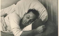 Giấc ngủ của con người trong thời kỳ tiền công nghiệp kỳ lạ như thế nào?