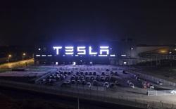 Sự hỗn loạn của Tesla Trung Quốc: Siêu nhà máy của 'máu và nước mắt'