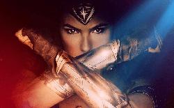 Wonder Woman 1984 ra mắt trailer cuối cùng, được giới reviewer khen không ngớt trước thềm công chiếu