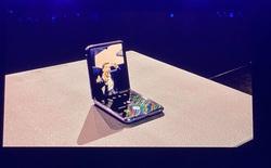 Galaxy Z Flip là chiếc smartphone đầu tiên sở hữu màn hình kính nhưng mà lại dẻo!