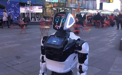 Con robot này hỗ trợ chẩn đoán virus Covid-19 bằng cách khảo sát tình trạng người dùng: Nghe hay ho nhưng hóa ra lại cực kì vô dụng