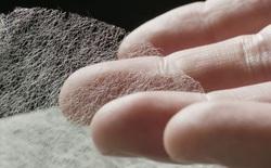 Bằng kỹ nghệ ngàn năm tuổi, người Nhật tạo ra tờ giấy mỏng nhất thế giới