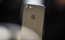 Thừa nhận không thể bẻ khóa được iPhone, FBI tiếp tục nhờ Apple giúp đỡ