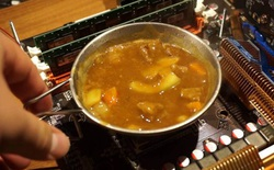 YouTuber nấu cà-ri Nhật bằng CPU của AMD