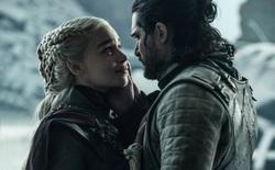 """Đã 10 tháng trôi qua, """"Mẹ rồng"""" Emilia Clarke vẫn bức xúc về cái kết phi lý của Jon Snow trong GoT"""