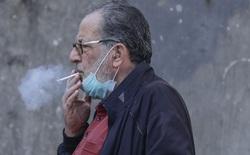 Trong dịch COVID-19 mà còn hút thuốc lá, coi chừng rơi vào nhóm nguy kịch khi nhiễm bệnh
