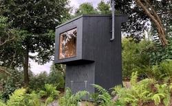 Nhà vệ sinh giá 3.300 USD: Dùng phân để trồng hoa trên mái, sau đó dẫn mùi hương hoa vào cho người đang ngồi bên trong ngửi