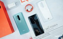 """Trên tay OnePlus 8 và OnePlus 8 Pro tại VN: Bỏ camera """"thò thụt"""", Snapdragon 865, giá chạm ngưỡng 1000 USD"""