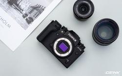 Cận cảnh Fujifilm X-T4: Màn trập mới, nặng hơn đời trước, đã có chống rung 5 trục IBIS, màn hình xoay lật đa hướng, giá gần 41 triệu đồng