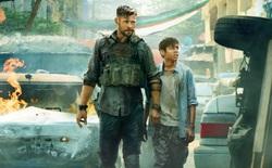 """Netflix tung trailer bom tấn hành động mới của Chris Hemsworth: """"Thần sấm"""" Marvel vào vai lính đánh thuê, đấm nhau chẳng kém gì John Wick"""