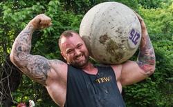 """""""The Mountain"""" của Game of Thrones phô diễn sức mạnh phi thường khi nâng tạ 501 kg, thiết lập luôn kỷ lục thế giới mới"""