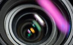 Bụi bẩn, nước và vết xước trên ống kính ảnh hưởng đến chất lượng ảnh như thế nào?