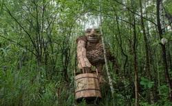 """Cùng là những bức tượng khổng lồ nhưng khu vui chơi ở Đà Lạt bị chê tơi tả, công viên này lại khiến thế giới phải lác mắt vì """"quá nghệ"""""""