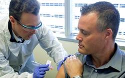Vắc-xin COVID-19 triển vọng nhất của Mỹ thử nghiệm giai đoạn cuối trên 30.000 người, tất cả người được tiêm trong giai đoạn 1 đều miễn dịch