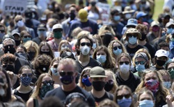 Chúng ta sẽ có 1 tỷ liều vắc-xin để phản công lại COVID-19 trong năm 2021?