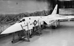 Mang tiếng siêu chiến đấu cơ, nhưng chiếc máy bay này của Mỹ chưa từng rời bánh khỏi mặt đất
