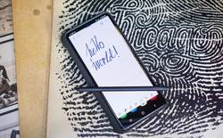 Galaxy S21 Ultra hỗ trợ S-Pen, nhưng phải mua riêng và cần ốp lưng giá 70 USD để cắm bút