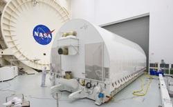 """Phương pháp """"ship"""" kính viễn vọng James Webb đặc biệt của NASA: một """"hộp kính"""" nặng 76 tấn, dài 33,5 mét"""