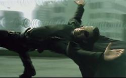 Khâu hậu kỳ The Matrix có gì hay: Muốn phim ảo thì chỉ kỹ xảo máy tính thôi là chưa đủ