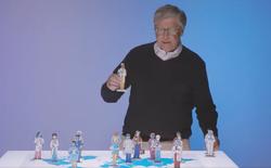 """""""Chào hàng"""" ý tưởng mới, tỉ phú Bill Gates bị thuyết âm mưu vùi dập"""