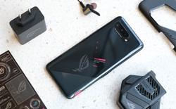 """Mở hộp điện thoại """"Pay-to-win"""" ROG Phone 5: Cứ Qualcomm Snapdragon 888 5G cùng 16GB RAM mà chiến!"""