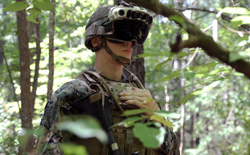 """Công nghệ """"wall hack"""" đời thực: Kính bảo hộ mới của quân đội Mỹ có thể nhìn xuyên qua cả những bức tường kiên cố"""