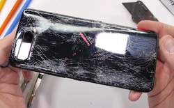 """ROG Phone 5 """"tan tành"""" sau màn thử nghiệm độ bền"""