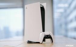"""Mở hộp Playstation 5 chính hãng bán tại VN: Cấu hình mạnh, tay cầm xịn, mỗi tội phải 'mua bia kèm lạc"""""""