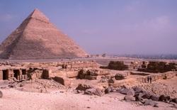 Phát hiện 'thành phố vàng thất lạc' 3000 năm tuổi của Ai Cập cổ đại bị chôn vùi dưới cát