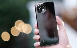 Trên tay Xiaomi Mi 11 Lite: Thiết kế cực mỏng nhẹ, có màn hình AMOLED 90Hz, Snapdragon 732G/780G, giá chỉ từ 6.9 triệu đồng