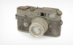"""Chiếc máy ảnh Leica M4 cháy, hỏng """"toàn tập"""" này vừa được đấu giá thành công ở mức 2000 USD"""