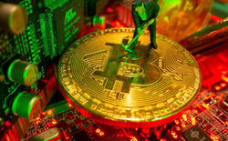 """Công nghiệp đào Bitcoin bị """"khai tử"""" ở Trung Quốc"""