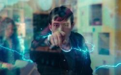 """Chuyên gia vật lý """"bắt lỗi"""" phản khoa học trong màn chào sân cực ngầu của Flash trong Justice League Snyder Cut"""
