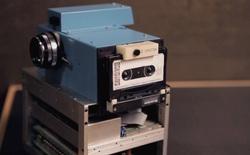 Lịch sử của camera kỹ thuật số: Từ nguyên mẫu những năm 70 nặng 4kg đến những chiếc iPhone và Galaxy bé nhỏ nằm trong túi