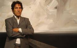 """Tác phẩm điêu khắc """"vô hình"""" đầu tiên trên thế giới được bán với giá không tưởng 422 triệu đồng"""