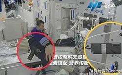 Cư dân mạng Trung Quốc săm soi đồ công nghệ trên trạm vũ trụ Thiên Cung: Tô vít điện Xiaomi, tai nghe Huawei, laptop Lenovo