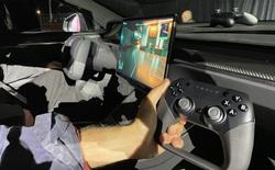 Mạnh ngang PS5: xe điện Model S Plaid là phương tiện giao thông duy nhất được đem ra so sánh với máy chơi điện tử
