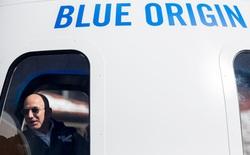 Jeff Bezos sẽ đích thân tham dự chuyến bay chở khách đầu tiên của Blue Origin