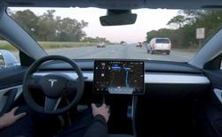 """Tesla cho phép khách hàng dùng tính năng """"Tự lái hoàn toàn"""" với giá chỉ 199 USD/tháng"""