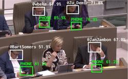 Trí tuệ nhân tạo với khả năng phát hiện chính trị gia dùng điện thoại trong buổi họp, lập tức báo lên Twitter cho công chúng biết