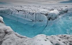 Chuyện chưa từng có: Đỉnh băng Greenland xuất hiện mưa thay vì tuyết
