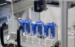 Hiệu quả như người Thái: Chế tạo thành công cỗ máy giúp 'vét sạch' vắc xin Covid-19 trong lọ đến giọt cuối cùng, tăng thêm 20% số liều có thể tiêm