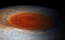 Các nhà thiên văn học đã phát hiện ra có hơi nước trên Ganymede, liệu đây sẽ là ngôi nhà thứ hai cho nhân loại?