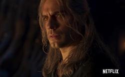 """Soi trailer mới của The Witcher: """"Canh bạc"""" vô cùng mạo hiểm của Netflix khi thay đổi hàng loạt chi tiết so với nguyên tác"""