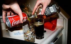Những chất độc không thể ngờ tới trong Coca Cola