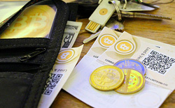 Bitcoin tìm cách chống rửa tiền