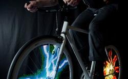 Mokey Light Pro: Gắn hình GIF động vào bánh xe đạp
